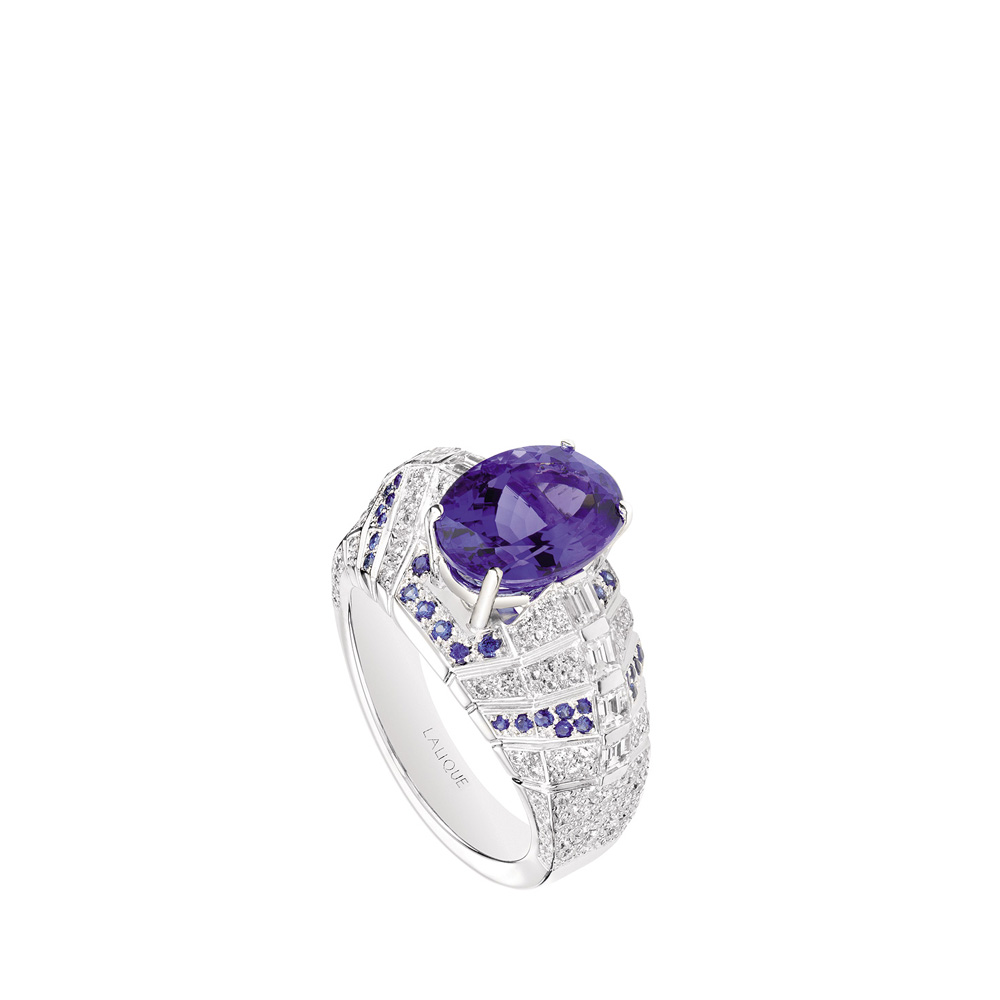 Éros ring | Tanzanite and diamonds, white gold | Fine jewellery Lalique