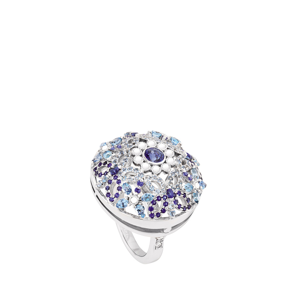 Ailes de Psyché ring | Sapphires, aquamarines, diamonds, mother of pearls, white gold | Fine jewellery Lalique