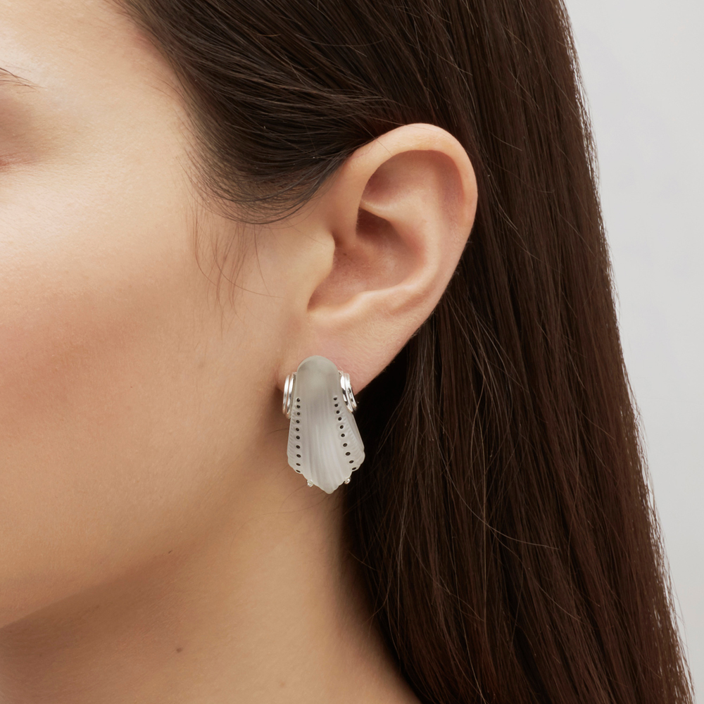 Icône earrings | Clear crystal, silver, pin clasp system | Costume jewellery Lalique