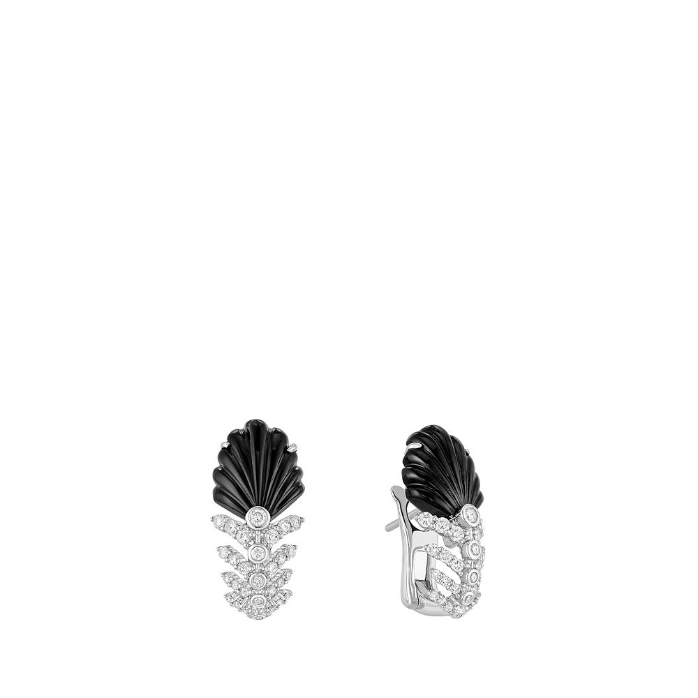 Lys earrings | Diamonds, onyx, white gold | Lalique fine jewellery