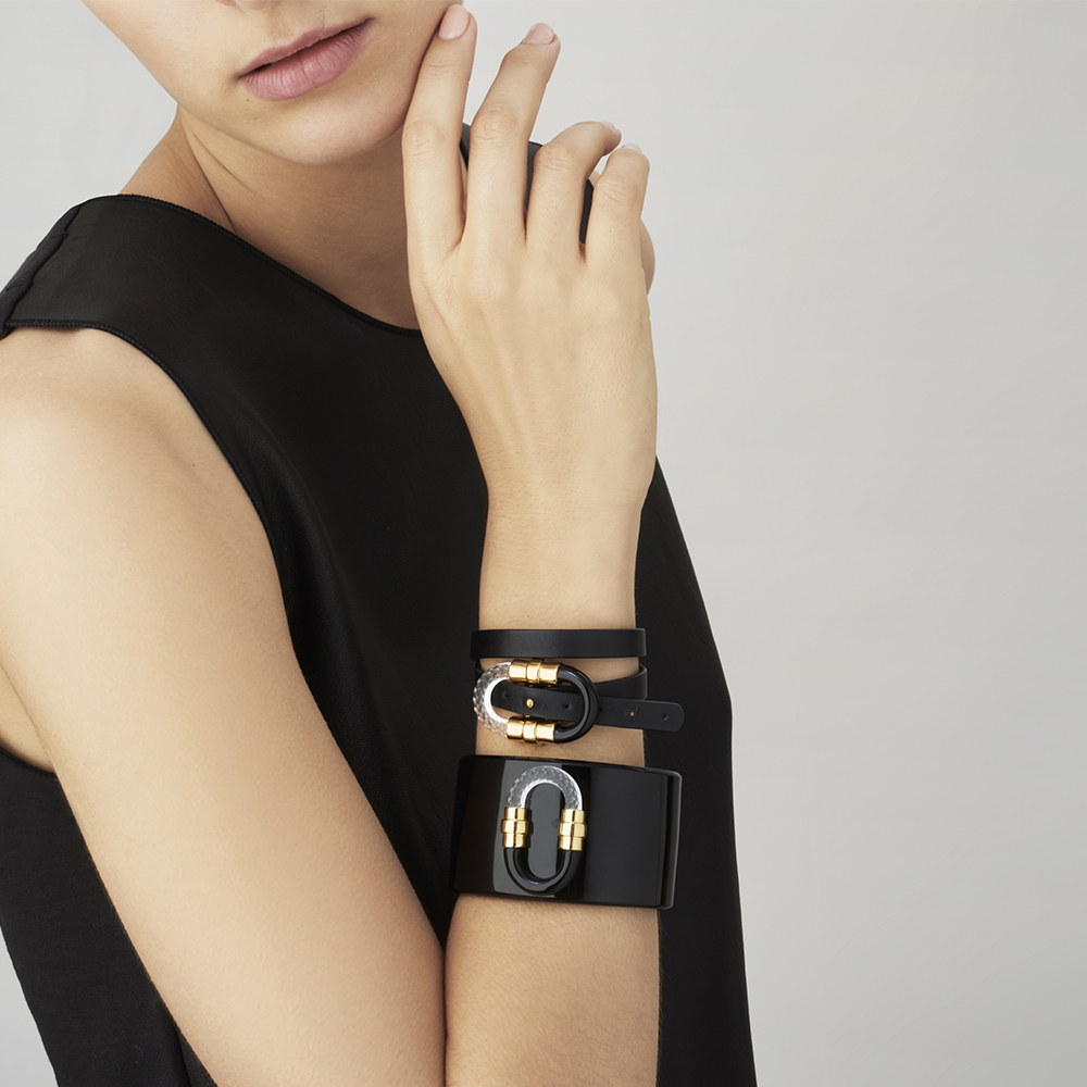 1927 Bangle | Clear crystal, plated in 18K yellow gold | Lalique exclusive collection