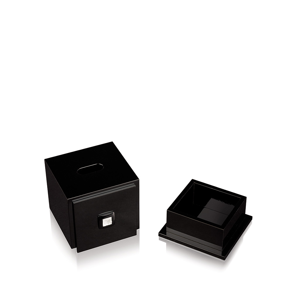 Masque de Femme tissue box | Numbered edition, black lacquered with clear crystal | Box Lalique