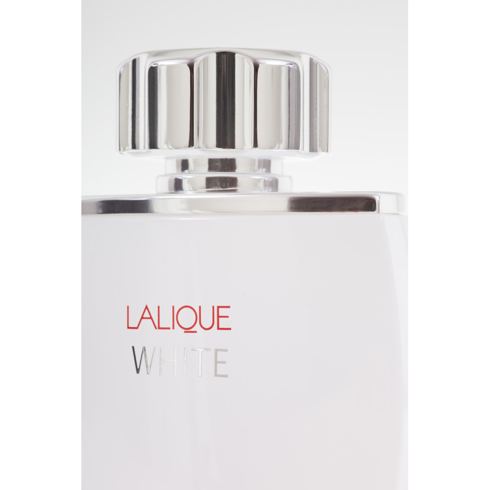 LALIQUE WHITE Eau de Toilette | 75 ml (2.5 Fl. Oz.) Natural Spray | Lalique Parfums