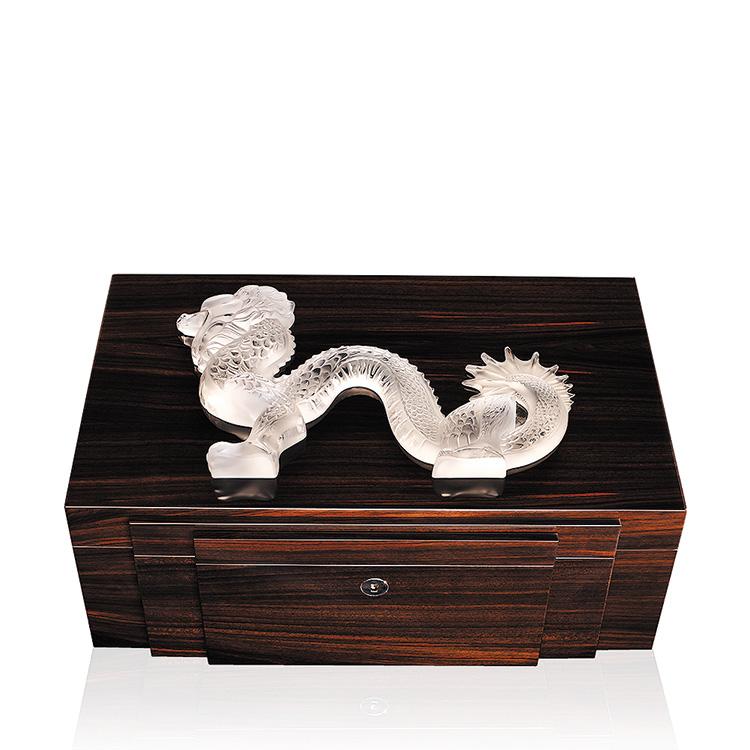 Dragon cigars box in natural ebony