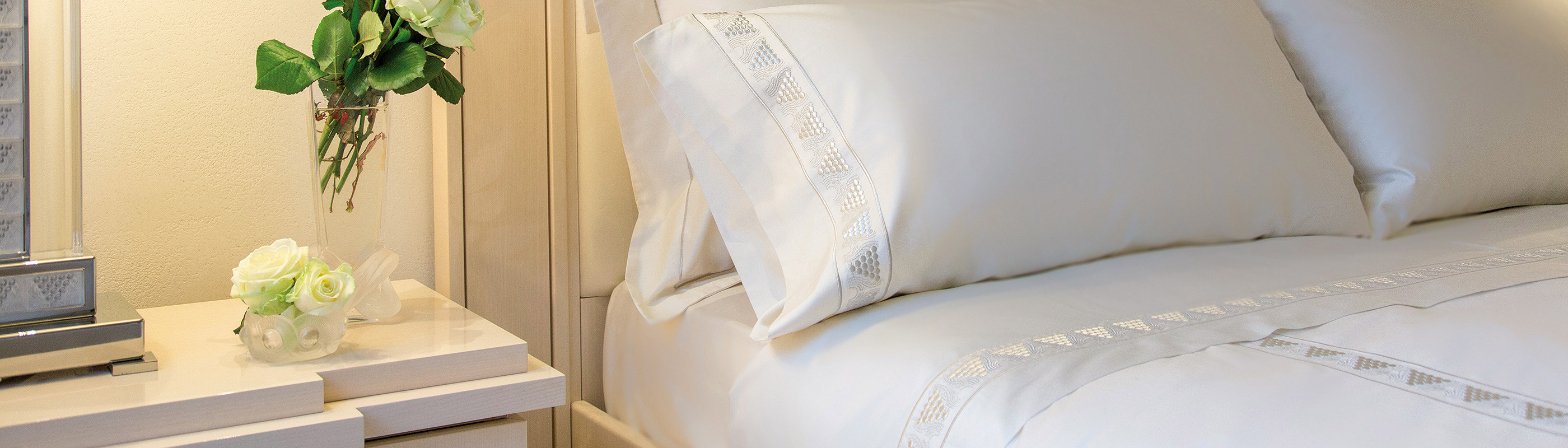 bed linens duvet covers sheets pillowcases cashmere throws