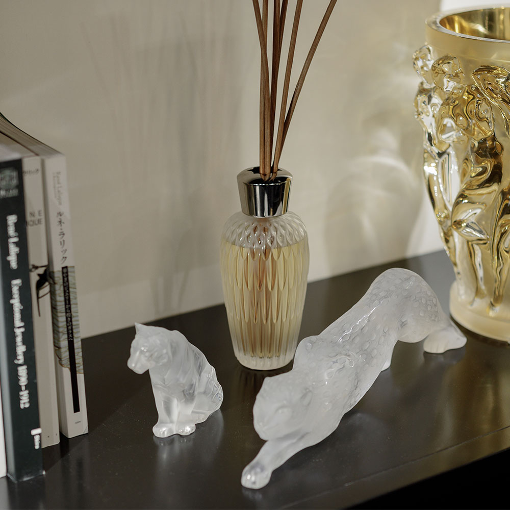 Sitting Tiger | Clear crystal, small size | Sculpture Lalique