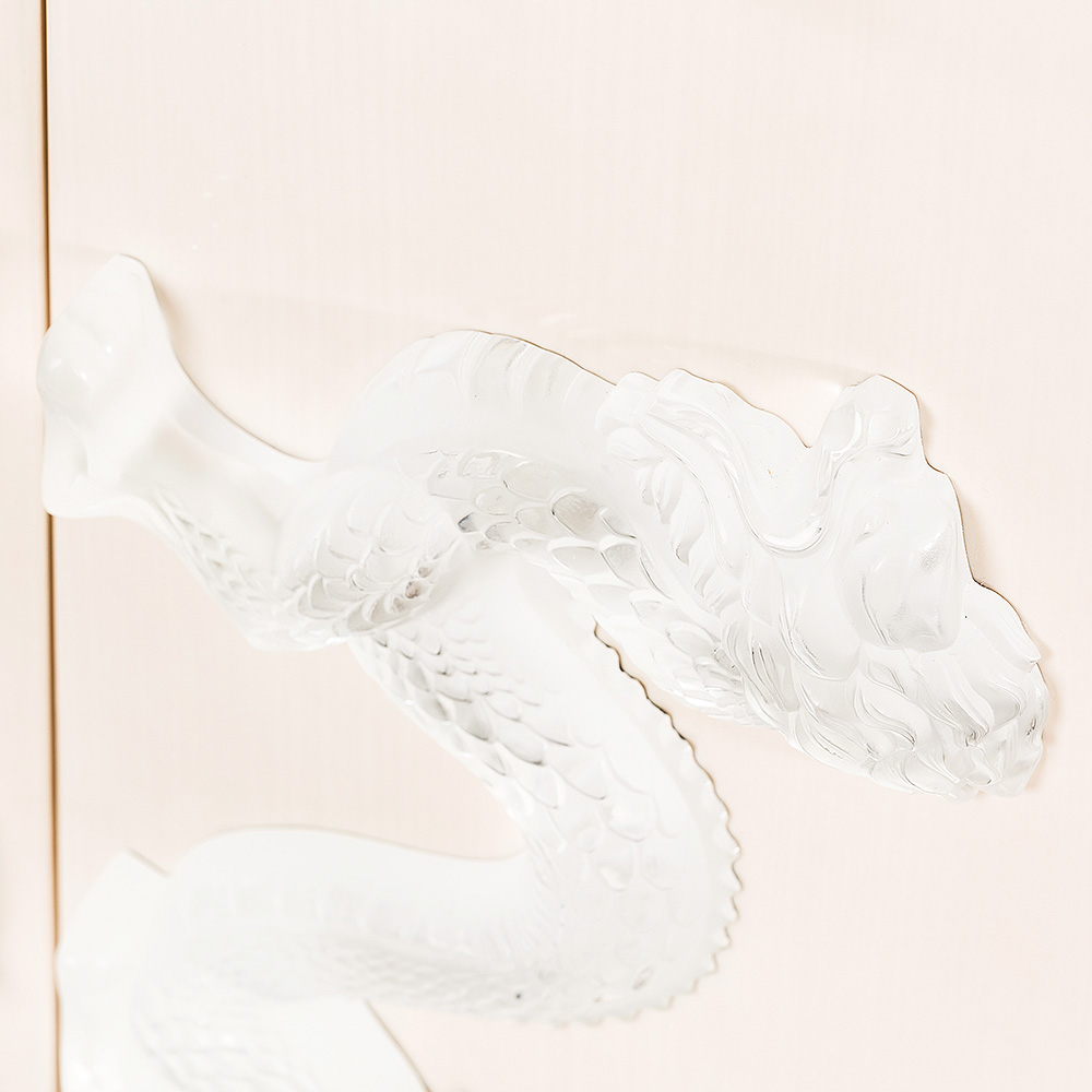 Dragon sideboard | Numbered edition, clear crystal and ivory ash | Sideboard Lalique
