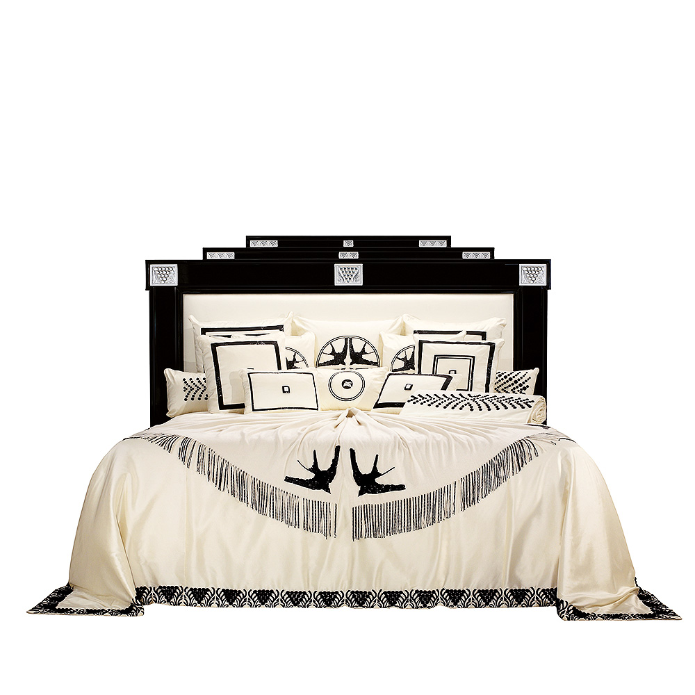 Raisins bed | Numbered edition, clear crystal, ivory silk and black lacquered, medium size | Bed Lalique