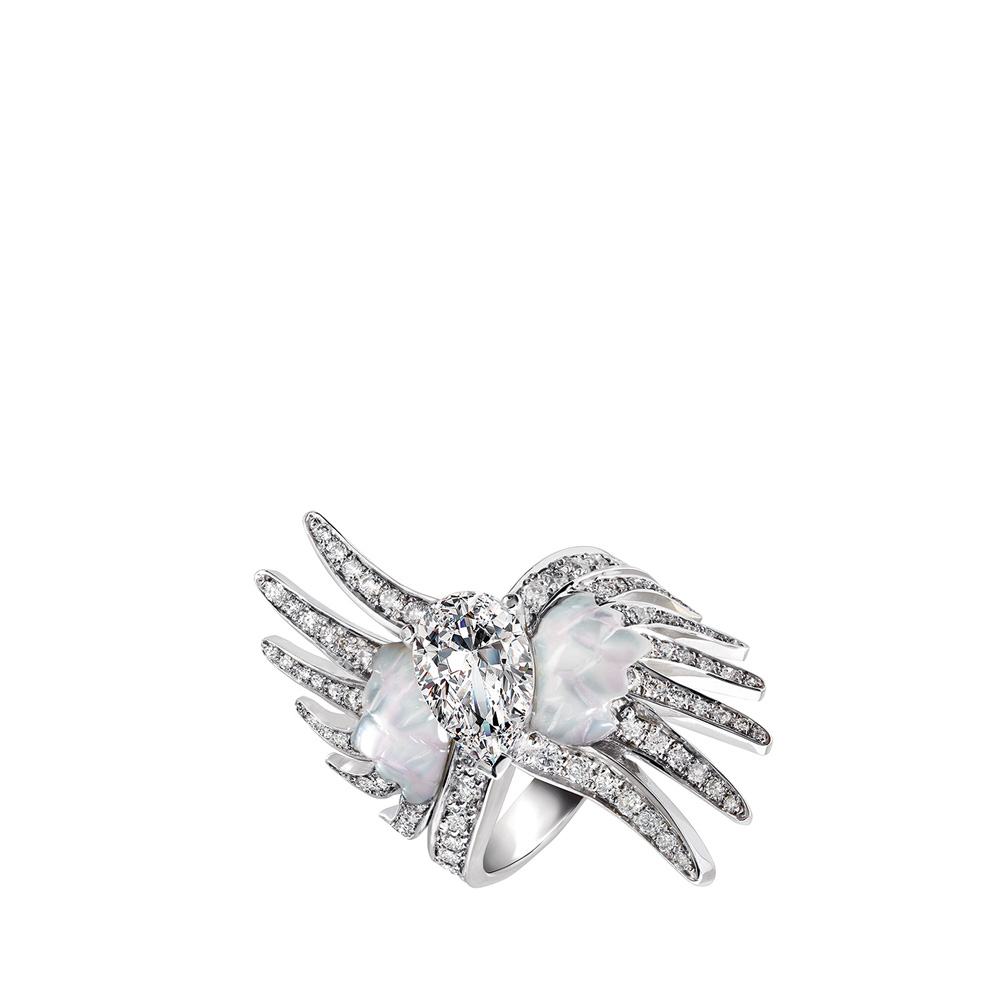 Vesta ring, large | Mother of pearls, diamonds, white gold | Fine jewellery Lalique