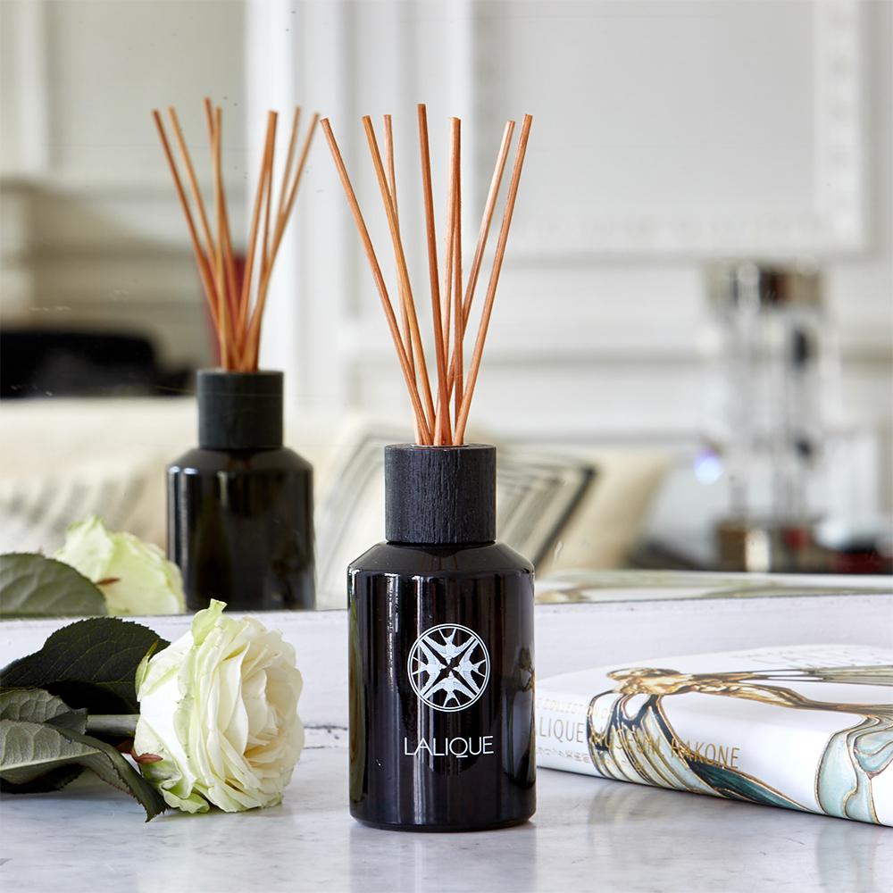 Sandalwood, Goa - India, Perfume Diffuser   250 ml (8.4 Fl. Oz.)   Lalique Parfums