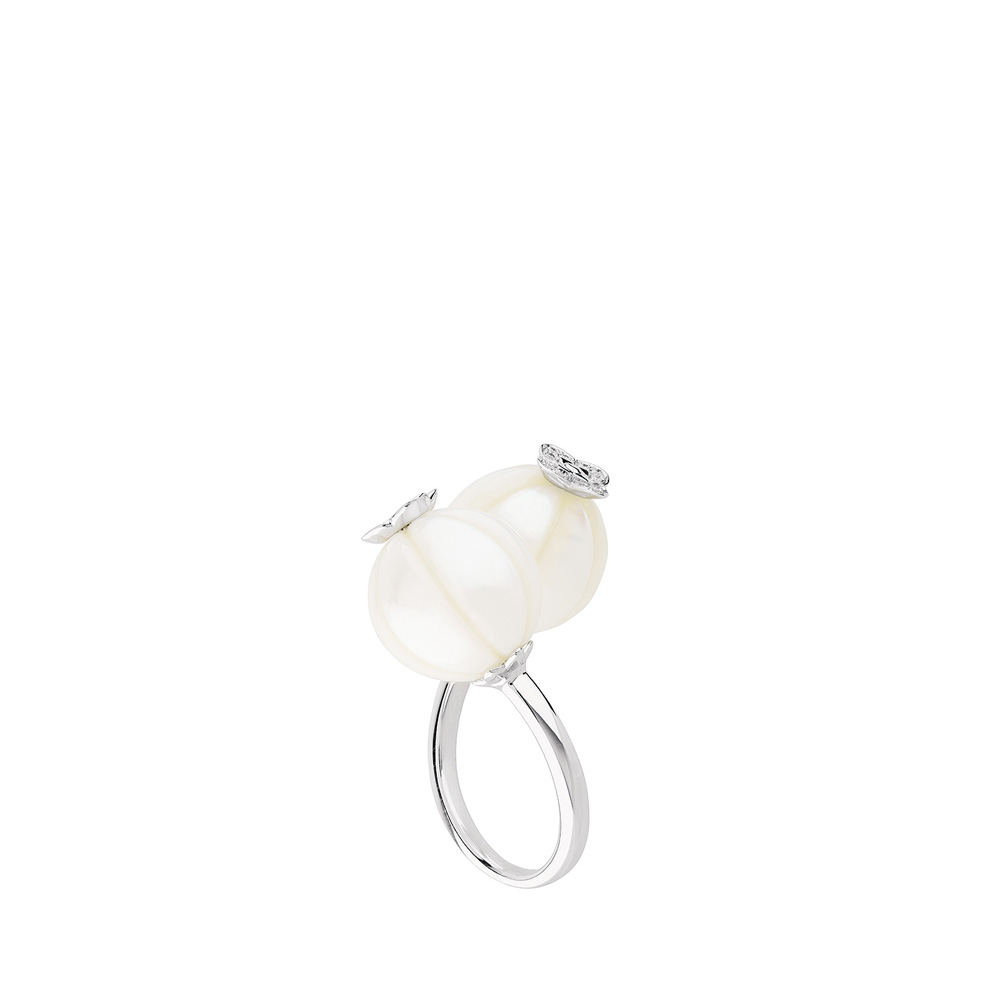 Muguet Toi & Moi ring | Two fresh water cultured pearls and diamonds, white gold | Fine jewellery Lalique