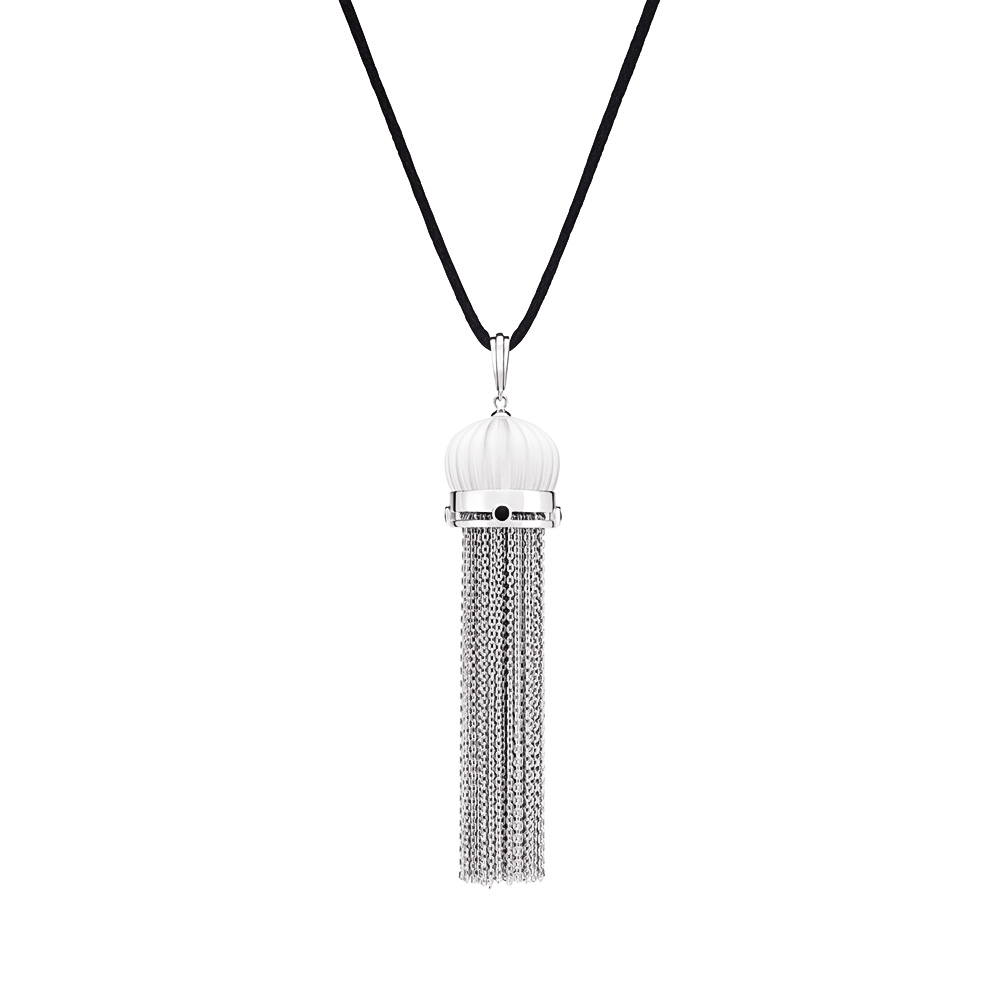 Vibrante Pendant | Clear crystal, black lacquer, silver | Costume jewellery Lalique
