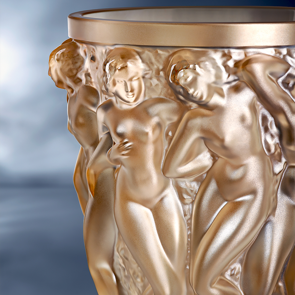 Bacchantes vase | Gold luster crystal | Vase Lalique
