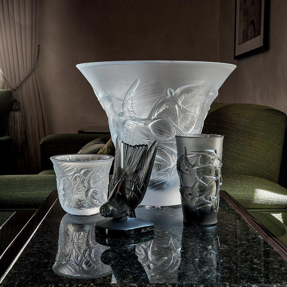 Hirondelles flared vase | Clear | Vase Lalique