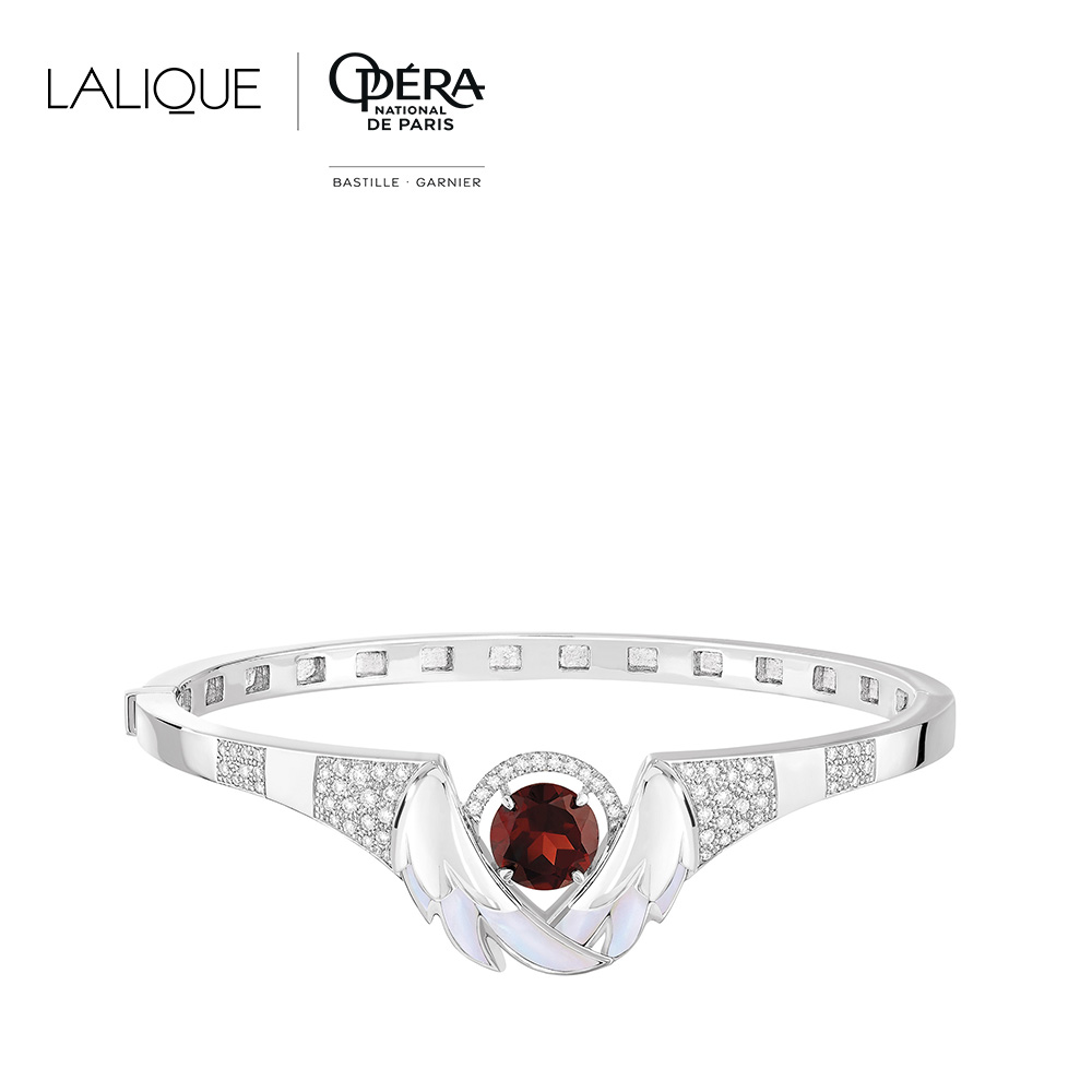 Cygnes Bracelet | Garnet, Diamond, Mother-of-pearl, White gold  | Lalique fine jewellery