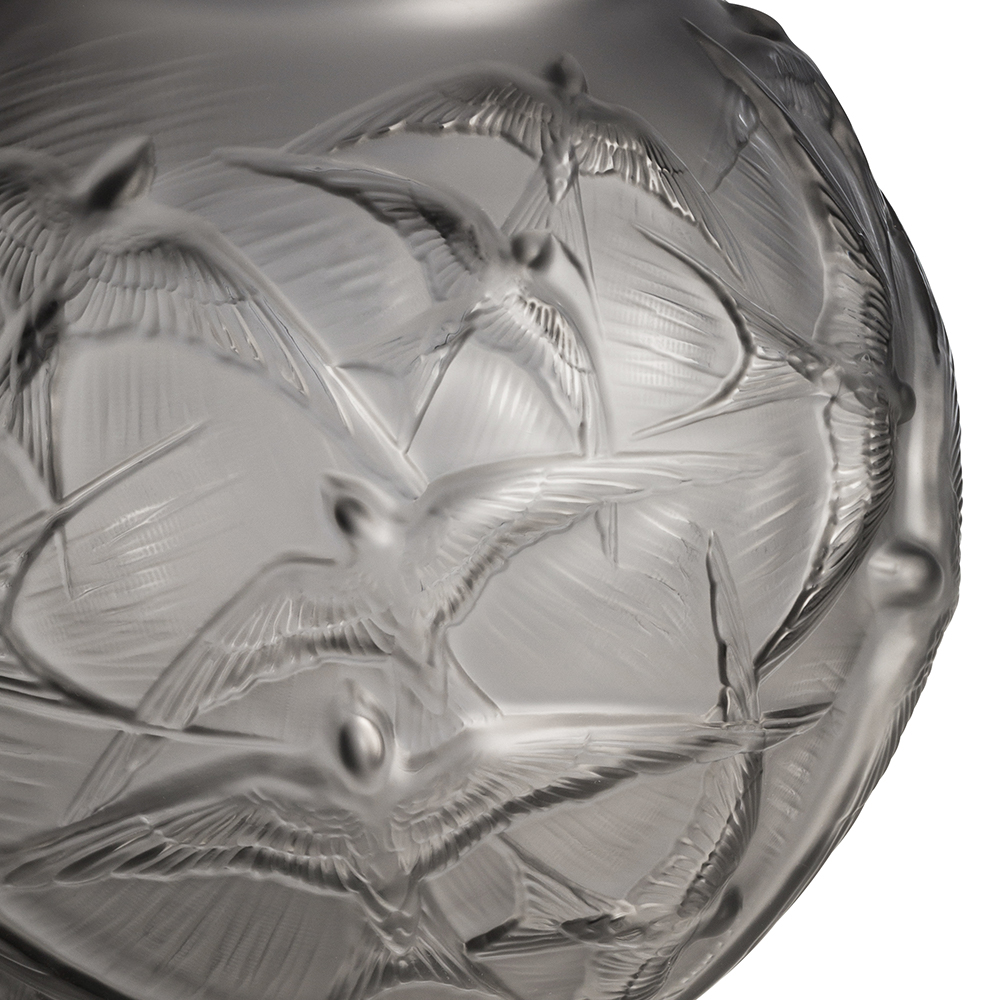 Hirondelles medium vase | Grey crystal | Vase Lalique