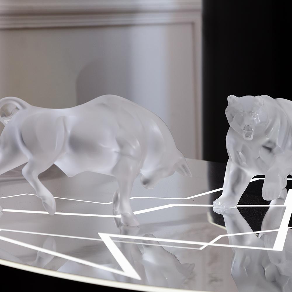 Bull sculpture | Clear crystal | Sculpture Lalique