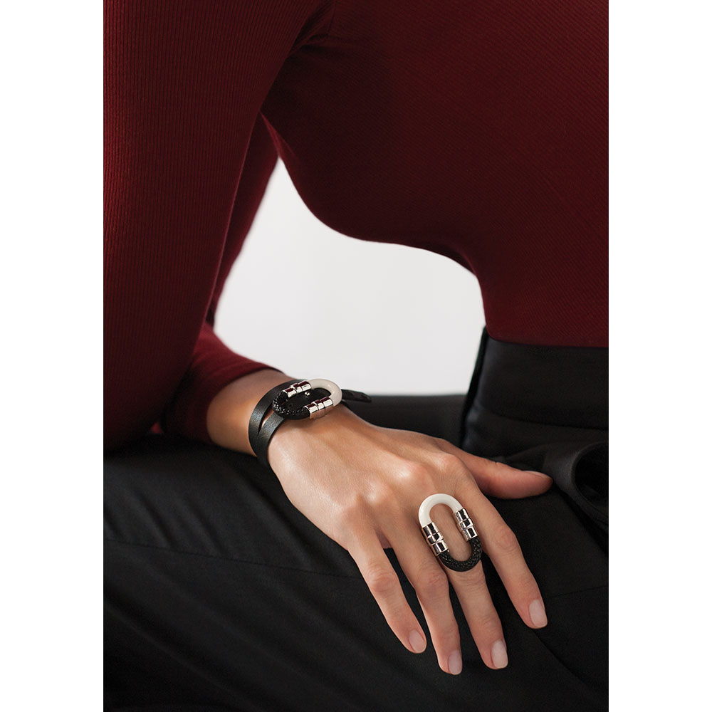 1927 Ring | Black crystal, silver plated | Lalique exclusive collection
