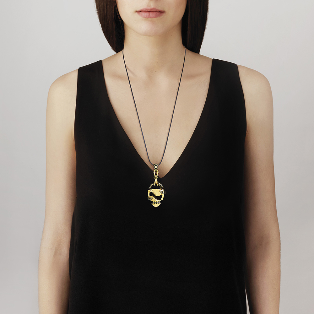 Eurydice pendant | Clear crystal and black lacquer, 18K yellow gold plated | Costume jewellery Lalique
