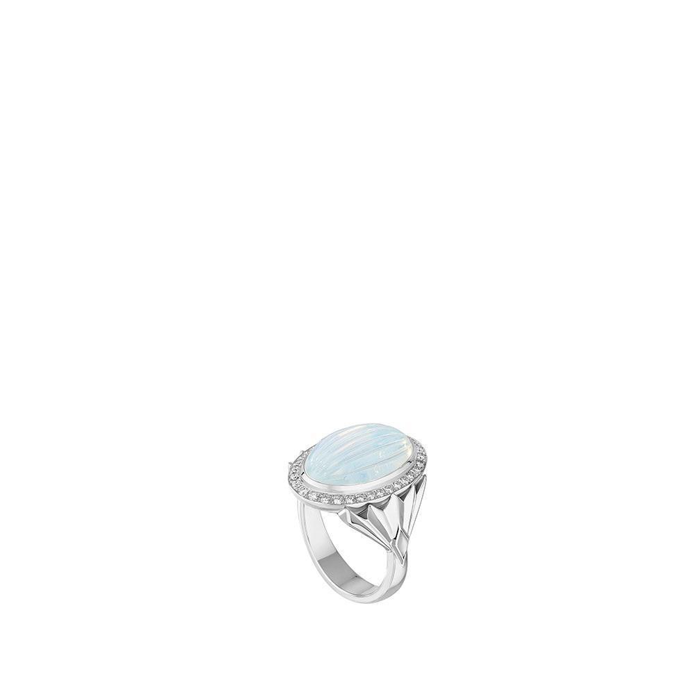 La Flûte Enchantée ring | White gold, crystal, diamonds, agate | Lalique fine jewellery