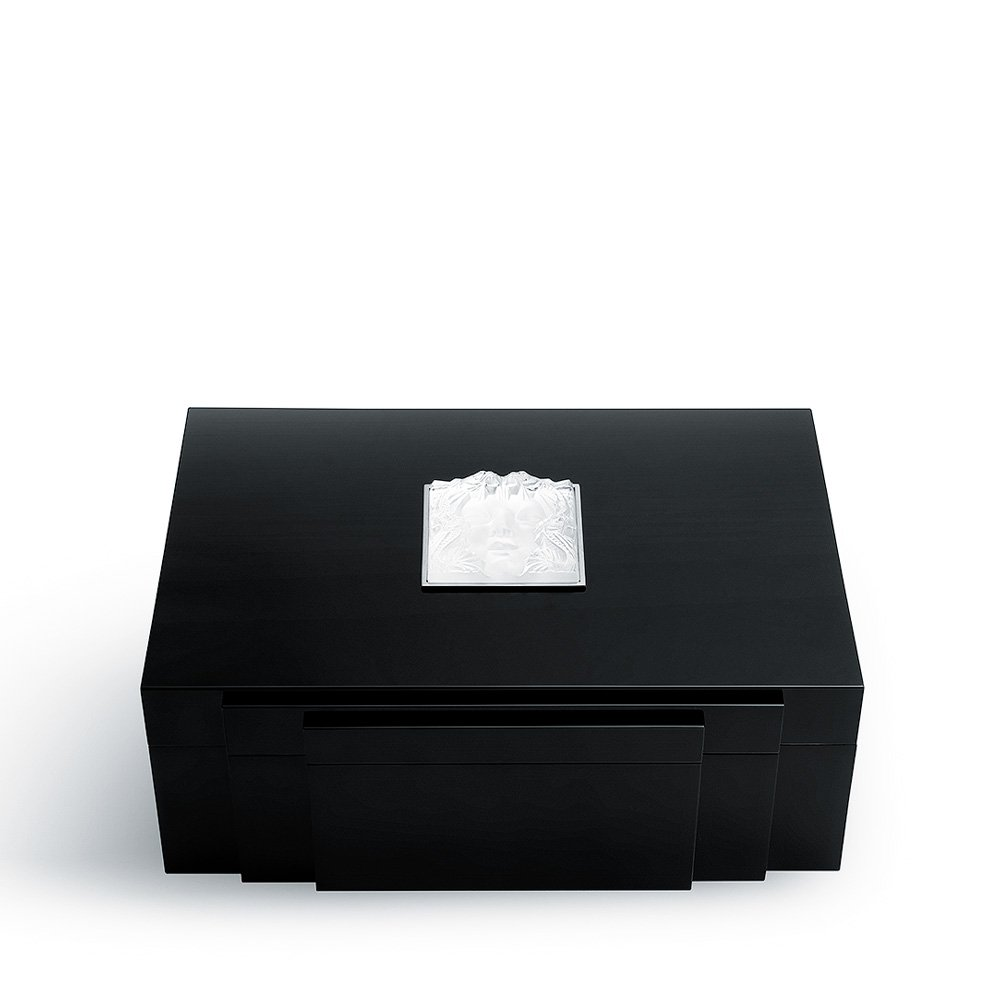 Masque de Femme cigars box | Numbered edition, black lacquered with clear crystal, 70 cigars | Cigars box Lalique