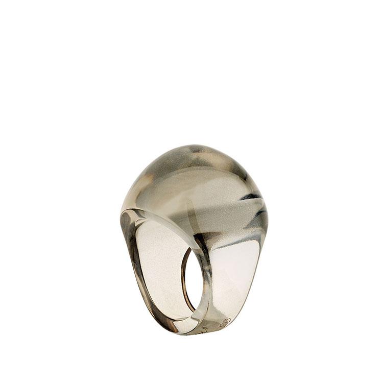 Cabochon ring