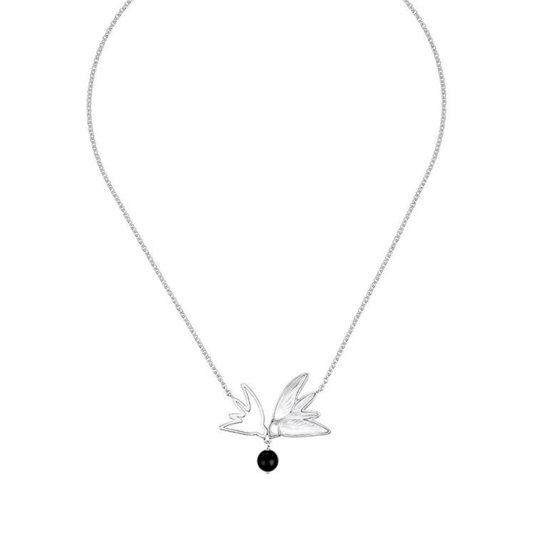 Hirondelles Necklace