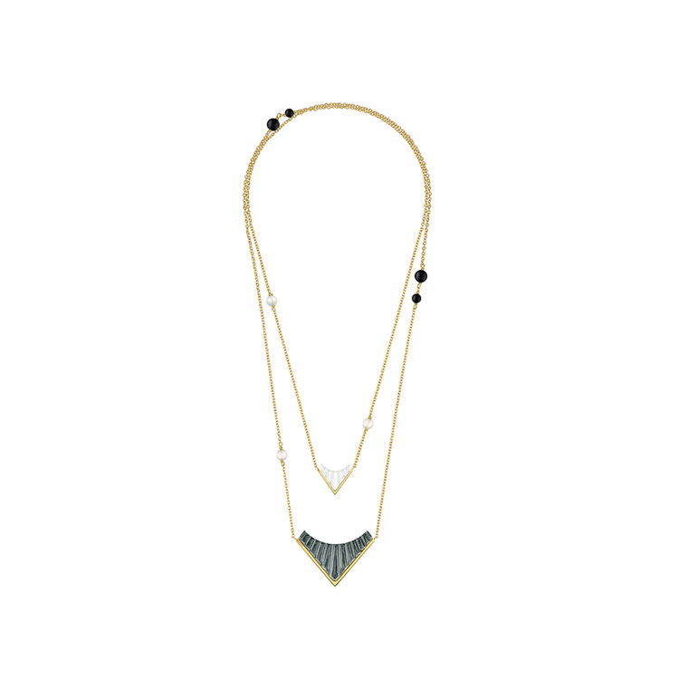 Style 1925 long necklace