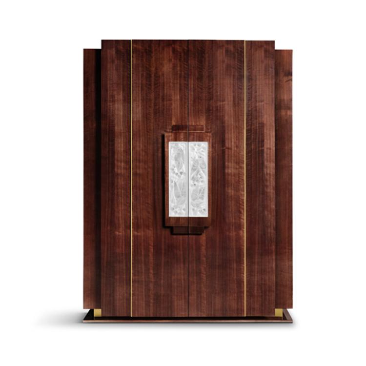 Merles & Raisins cabinet
