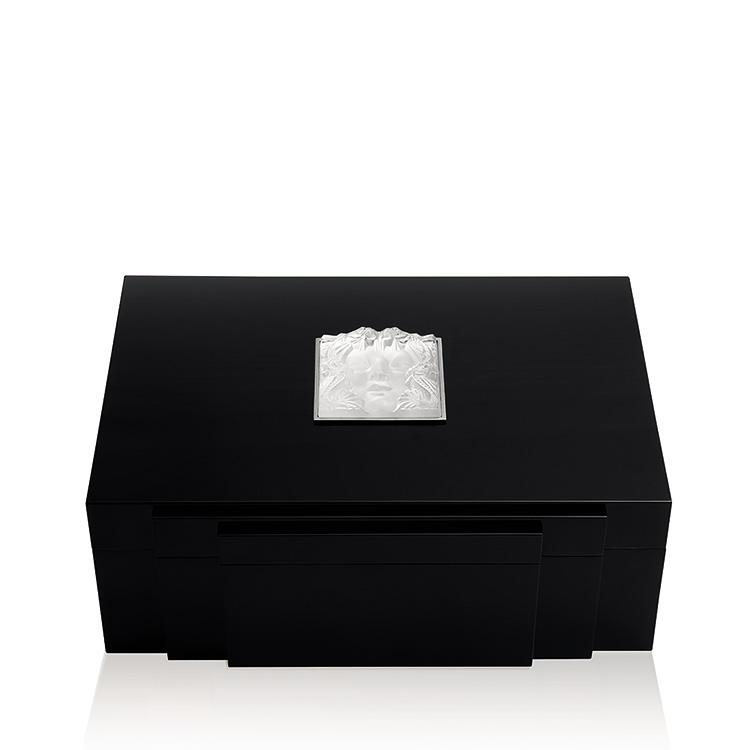 Masque de Femme jewellery box